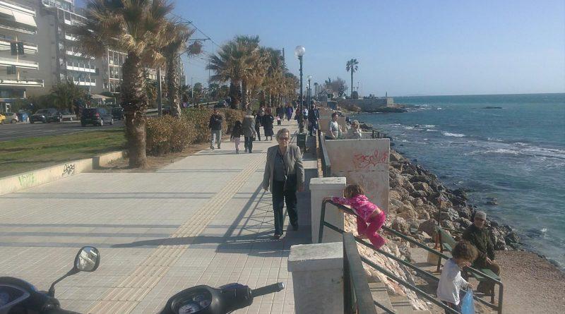 Για βουτιές στην παραλία του Μπάτη (video) - notia.gr