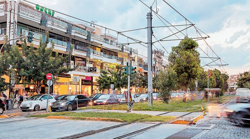 cadb7207761 Γλυφάδα: 110 ευρώ το τετραγωνικό για να νοικιάσεις μαγαζί στη Μεταξά! -  notia.gr