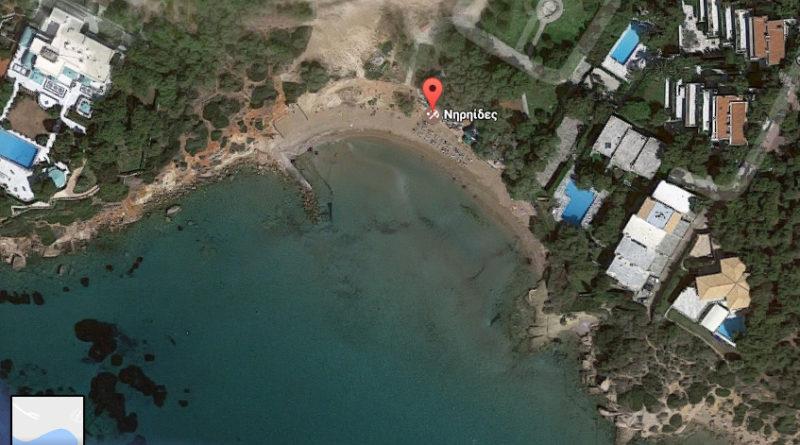 """Βουλιαγμένη: Διαγωνισμός για ομπρέλες και ξαπλώστρες στην ακτή """"Μαλτσινιώτη"""""""