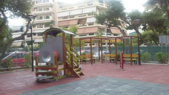 Παλαιό Φάληρο: Ολοκληρώνεται το λίφτινγκ στις παιδικές χαρές