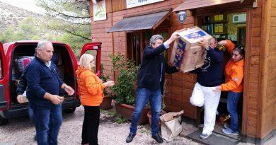 Ελληνικό-Αργυρούπολη: Μεγάλη ανταπόκριση των δημοτών για τους πληγέντες (ΕΙΚΟΝΕΣ)