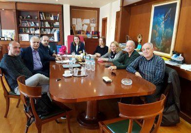 Η δήμαρχος Ζωγράφου ζήτησε τη συμβολή του βουλευτή Γιάννη Μπαλάφα για να μην περάσουν τα ακίνητα του δήμου στο Υπερταμείο