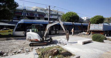Γλυφάδα: Σε εργοτάξιο έχει μετατραπεί η Μεταξά – Πότε θα ολοκληρωθεί η ανάπλαση (ΕΙΚΟΝΕΣ)