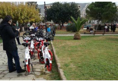 Βόλτα με ηλεκτρικά ποδήλατα στο Άνω Καλαμάκι (ΕΙΚΟΝΕΣ)
