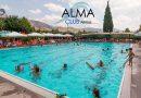 Βουτιές & Χαλάρωση στην Πισίνα του Alma Club, στον Άλιμο, με 2,50€