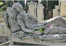 Σεβασμός στους νεκρούς! Mικροπολιτικά παιχνίδια πίσω από ένα τεράστιο κοινωνικό πρόβλημα